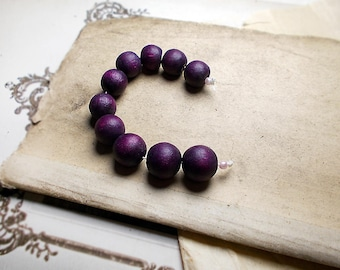 Vintage Rustic Plum Wood Beads - 10 Purple Round Beads - Dark Lavender Organic - Mixed Sizes, 11-14mm - Vintage Salvaged Harvest