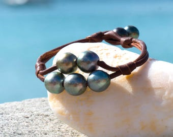 2 Ranges Bracelet with 7 Tahitian Pearls