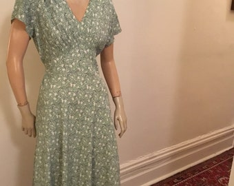 70's pastel green floral day dress