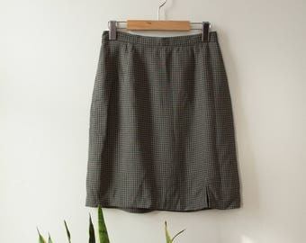 Grey Plaid skirt 90