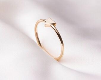 Handmade minimal 14k gold ring, Triangle ring, gold ring, Simple ring, Stackable Ring, 14k solid gold ring for women, stacking ring