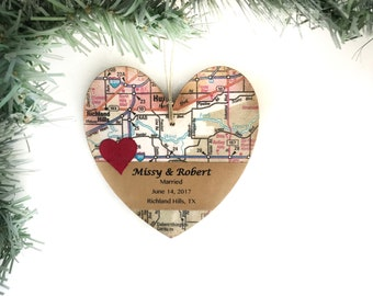Personalized Wedding Ornament, Unique Wedding Map Ornament, Wedding Gift for Couple, First Christmas Ornament Married, Newlywed Gifts