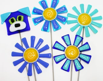 Glassworks Northwest - Blue and Turquoise Dog, Flower and Daisy Plant Stakes - Fused Glass Garden Art