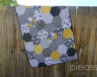 Made-to-Order Custom Hexies by Halves Quilt - Baby Quilt - Baby Blanket - Throw Quilt - Teen Quilt - Hegaon Quilt - Hexie Quilt - Blanket