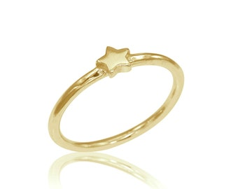 Star Engagement Ring, 14K Star Ring, Wedding Jewelry, Stackable Gold Ring, Bridal Ring, Gold star ring