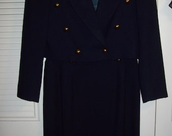 Suit 10, Navy Crepe Suit, Spring Ann Taylor Skirt Suit, Beautifully Tailored Career Suit see details