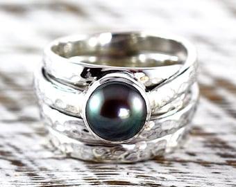 Black Pearl Ring Pearl Ring Black Pearl Pearl Jewelry Sterling Silver Ring Silver Pearl Ring Hammered Ring Black Pearl Jewelry Purple Pearl