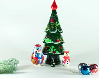 Nesting Doll Christmas Tree