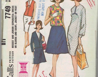 60s Separates Capsule Wardrobe McCalls 7749: Sheath Dress, Blouse, A-Line Skirt, Lined Jacket and Vest Pattern. Size 18 Bust 38 inches.