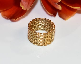 Gold Mesh Ring, Modern Gold Ring, Statement Ring, Vintage Ring, Wire Mesh Ring, 14K Gold Ring, Fashion Ring, Wire Crochet Ring, Size 3 Ring