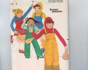 Girls Sewing Pattern Butterick 5578 Girls Jumper Jumpsuit Hooded T Shirt Designer Betsey Johnson Stretch Knit Size 3 Breast 22 1980s  99