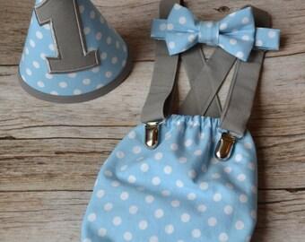 Boy Cake Smash Outfit, Boy 1st Birthday Outfit, Bow tie and Diaper Cover, Boy 1st Birthday Outfit, Cake Smash Set, Baby Blue w/ white polka