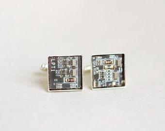 Men's Cufflinks - Circuit board Cuff links - Geekery brown squares - geeky cufflinks - Nerdy accessories