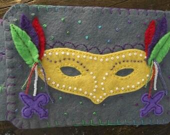 Mardi Gras Mask, Mardi Gras Decor, Beaded embroidery, Drink coaster, Handmade Penny Rug, Wool Felt Coaster
