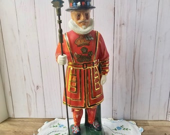 Beefeater Yeoman Gin Decanter, Old Whiskey Bottle, Beefeater Of The Tower Of London, Ceramic Bottle Coronetti Made In Italy