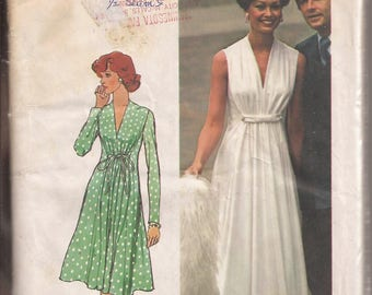 Simplicity 6672 Misses Dress in 2 Lengths and Styles, Size 14,  Vintage 1974