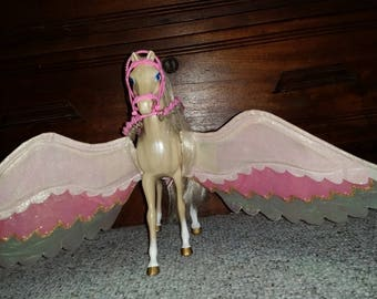 Vintage Mattel barbie Pegasus Flying Horse 1998