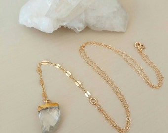 NEW ! Gold chain and Crystal Quartz gemstone lariat Y Necklace. Sparkle. Horn. Faceted. Short. Dainty. Boho. Gift.