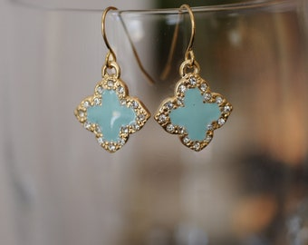 Dangle Earrings, Gold and Turquoise  shamrock flowers Earrings, Flower Earrings, Short Turquoise Earrings, Gift for her, Holiday Gift