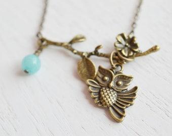 Owl Necklace, Owl Jewelry Necklace,Owl Charm Necklace, Chalcedony Necklace. Antique Brass Necklace