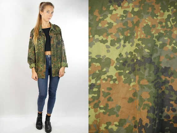 Camouflage Shirt / Military Shirt / Army Shirt / Vintage Military Button Shirt / Vintage Army Shirt / Camo Shirt / Vintage Military Top