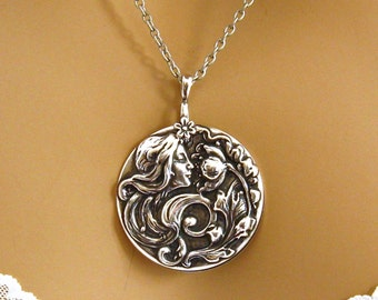 Art Nouveau Necklace - Art Nouveau Jewelry - Woman Flower Pendant – Vintage Style Jewelry - Silver Medallion Necklace