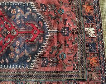 "LIAM 4'3""x7'11"" Persian Rug"