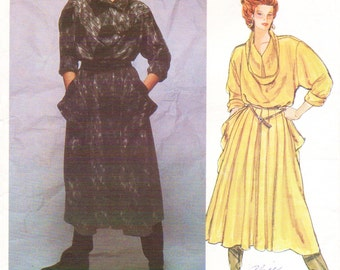 80s Issey Miyake Womens Pullover Dress Vogue Designer Original Sewing Pattern 1256 Size 8 Bust 31 1/2 Label Included