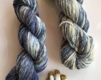 Blue hand-dyed yarn, organic llanwenog, worsted yarn, ethical wool, 110 m, 50 g, British wool, variegated, blue grey white - BLUE VALENTINE