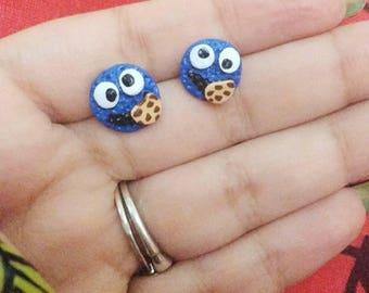 Cookie Monster Stud earrings, Blue earrings, cookie monster earrings, cookie monster, monster puppet, puppet eye, cookie monster puppet