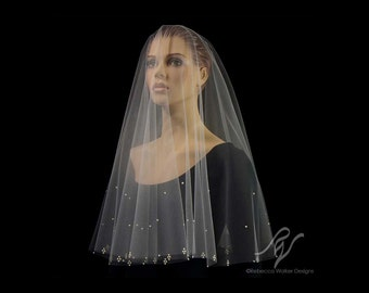 Drop Veil with Pearl Cluster Edge, Made With SWAROVSKI ELEMENTS