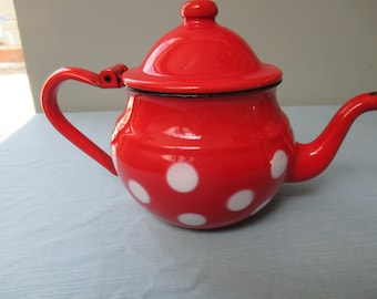 French enamel little red teapot, shiny and clean. So pretty