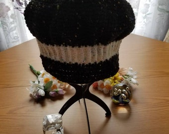 Newsboy hat crocheted.