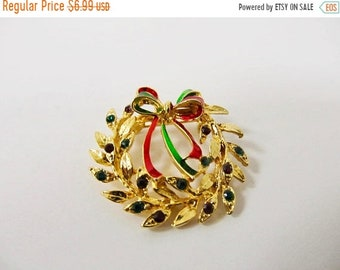 On Sale Vintage Enameled Rhinestone Christmas Wreath Pin Item K # 1235