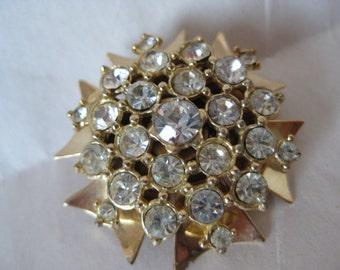 Flower Brooch Gold Rhinestone Clear Pin Vintage Pendant