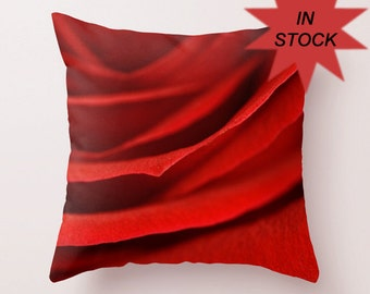 Rose Pillow Cover, Red Decorative Throw Pillows For Bed, Cushion Covers Handmade in Canada, Designer Cushion Case, Valentine's Day Gift
