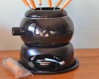 Vintage retro fondue set enamelled saucepan BNIB