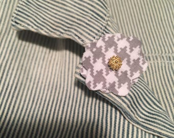 Gray/White Houndstooth Flower Lapel Button w/Gold Flower Embellishment
