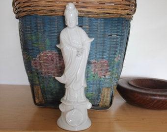 """Kuan Yin Goddess Female Buddha Statue 10"""" Blanc de Chine - Kwan Yin Figurine - Otagiri OMC Made in Japan"""