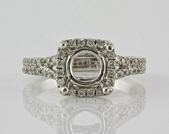 0.49ct Pavé Side Diamond in 14K White Gold Semi Mount Halo Ring  (NO CENTER STONE)