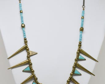 Lovely blue tone necklace