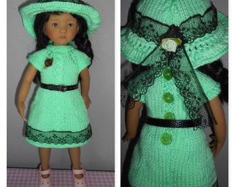 "Doll clothes Little Darling of Dianna Effner, 33cm 14 ""dress knitted woolen light green bamboo, Cape, belt"