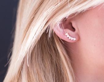 Curves Triangles ear earrings, pierced ear lobe, cut laser finish matte, high plating quality