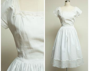 Vintage 1950s Dress • Falling Faster • White Cotton Pique and Organza Early 50s Day Dress Size XSmall