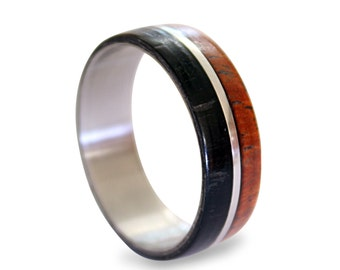 Stainless steel ring with padouk and ebony wood inlay without edges