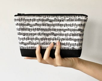 Musical Notes Zipper Pouch, Black and White Zipper Pouch, Quilted Zipper Pouch, Music Gift, Purse Organizer, Makeup Bag