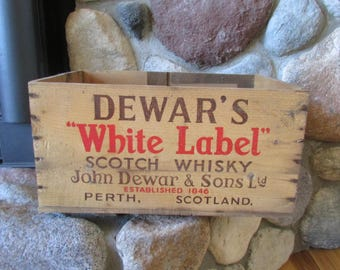 Dewar's White Label Scotch Whisky Perth Scotland 1957 Wooden Crate