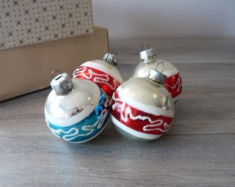 Vintage Christmas Tree Glass Ornaments Set of 4 - Silver with Red Blue Band and White Glitter Tree Ball Ornaments