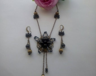 Set necklace earrings, round Black Pearl glass bead