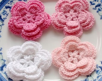 4 Crochet Flowers In White, Lt pink, Pink, Bubble gum Pink YH-008-01
